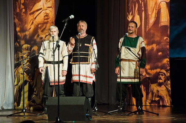 Ансамбль древнерусской песни «Русичи»